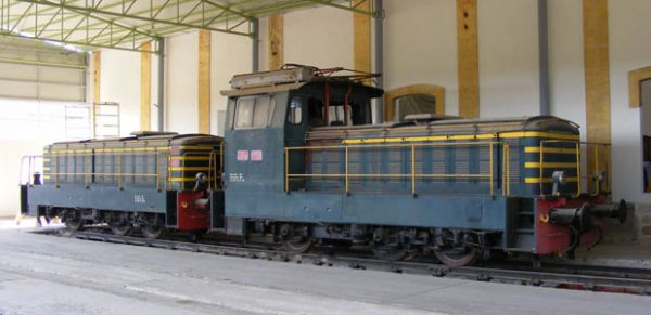locomotore e 323 324